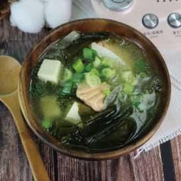 北鼎粉漾美顏壺-大侑-日本料理-早餐-鮭魚味噌湯-護眼