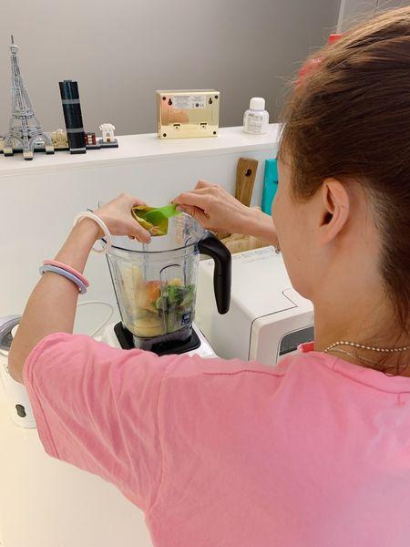 Vitamix-調理機-大侑-E320-綠拿鐵-鮮凍包